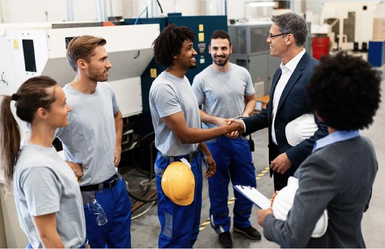 Interim management - Naast Executive Search voor de lange termijn verzorgen wij de tijdelijke invulling van key posities.